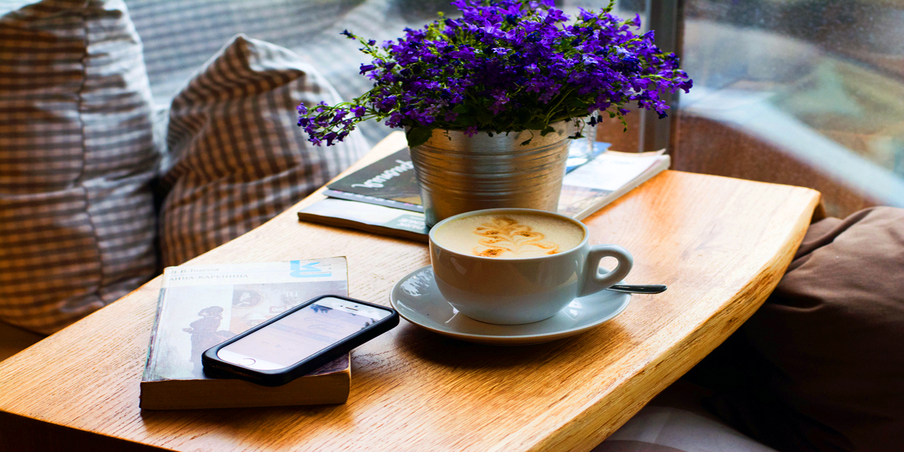 pic of a phone and a coffee